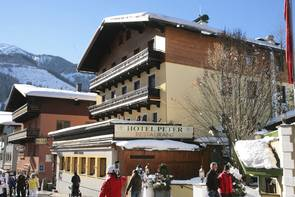 """Hotel Peter"" in the center of Saalbach"